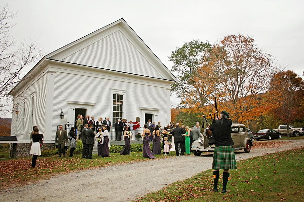 Real Amee Farm Fall Wedding – bagpiper at historic Stockbridge Meeting House