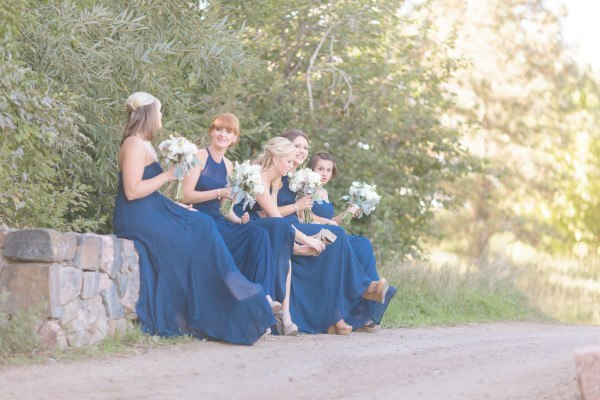 BridesmaidsWaiting-NavyDresses