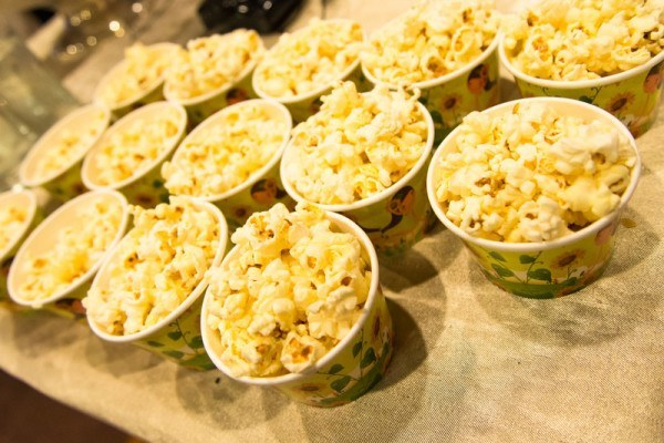 wedding cake alternative popcorn