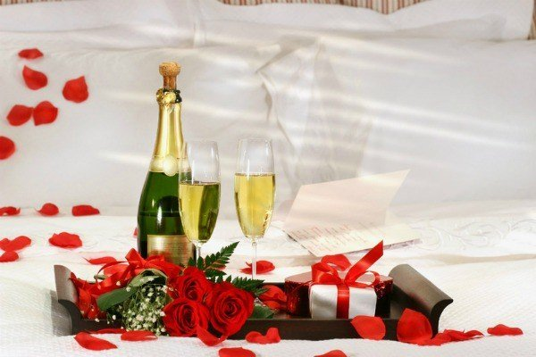 rose petals champagne hotel